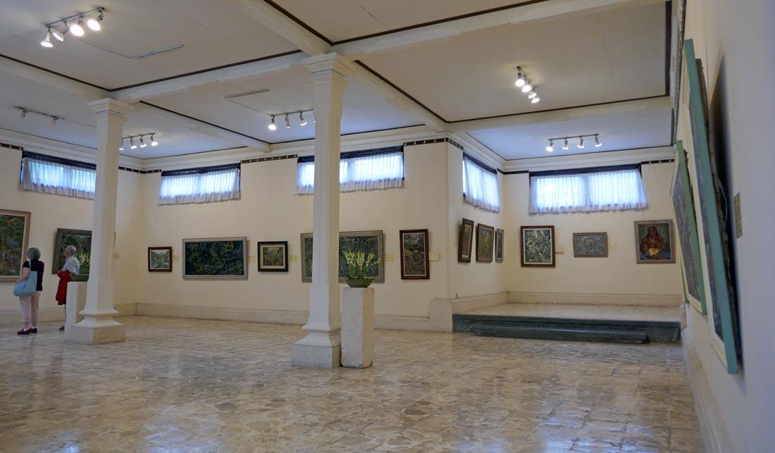 agung-rai-müze-içi