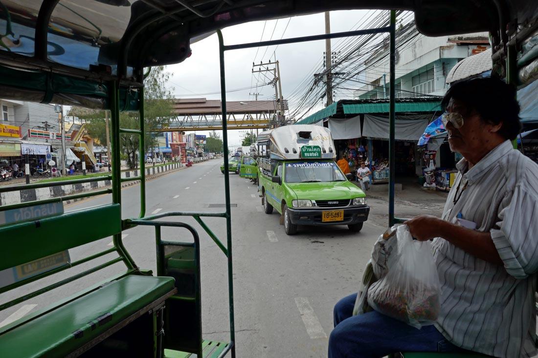 Yeşil songthaew