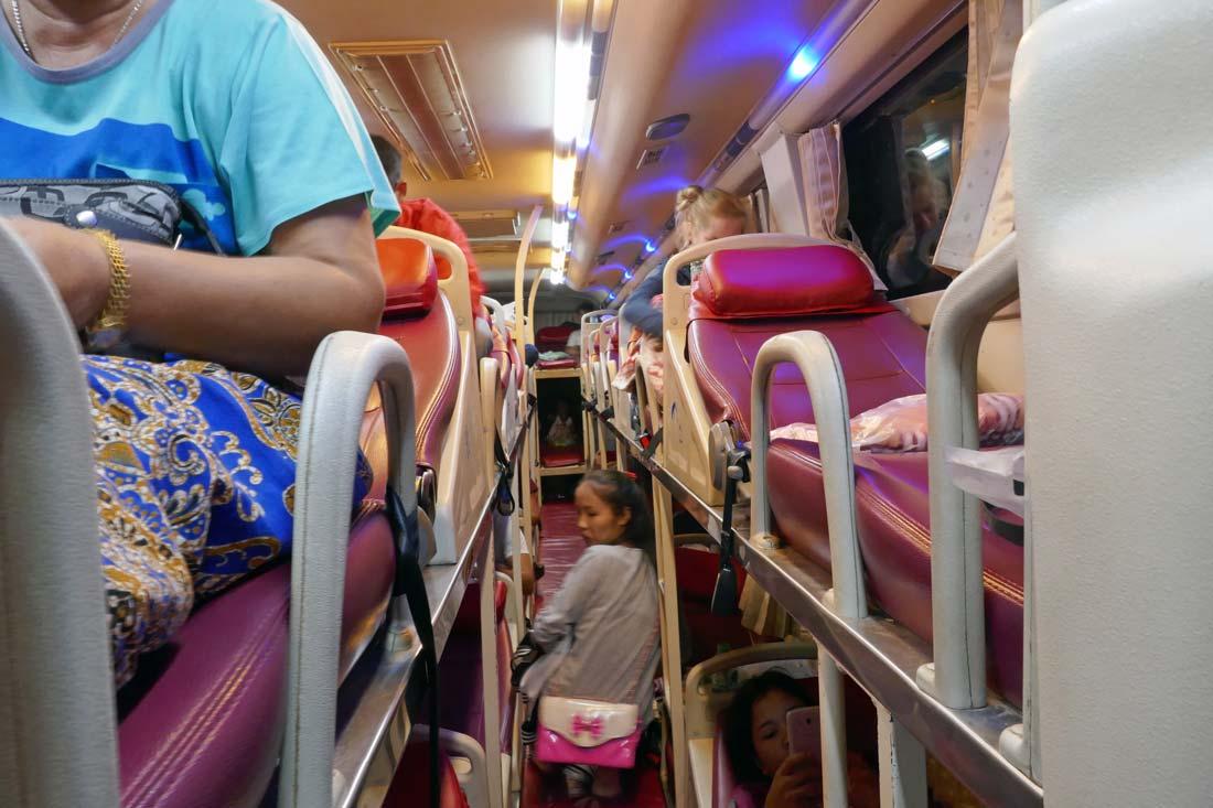 laos gece otobüsü