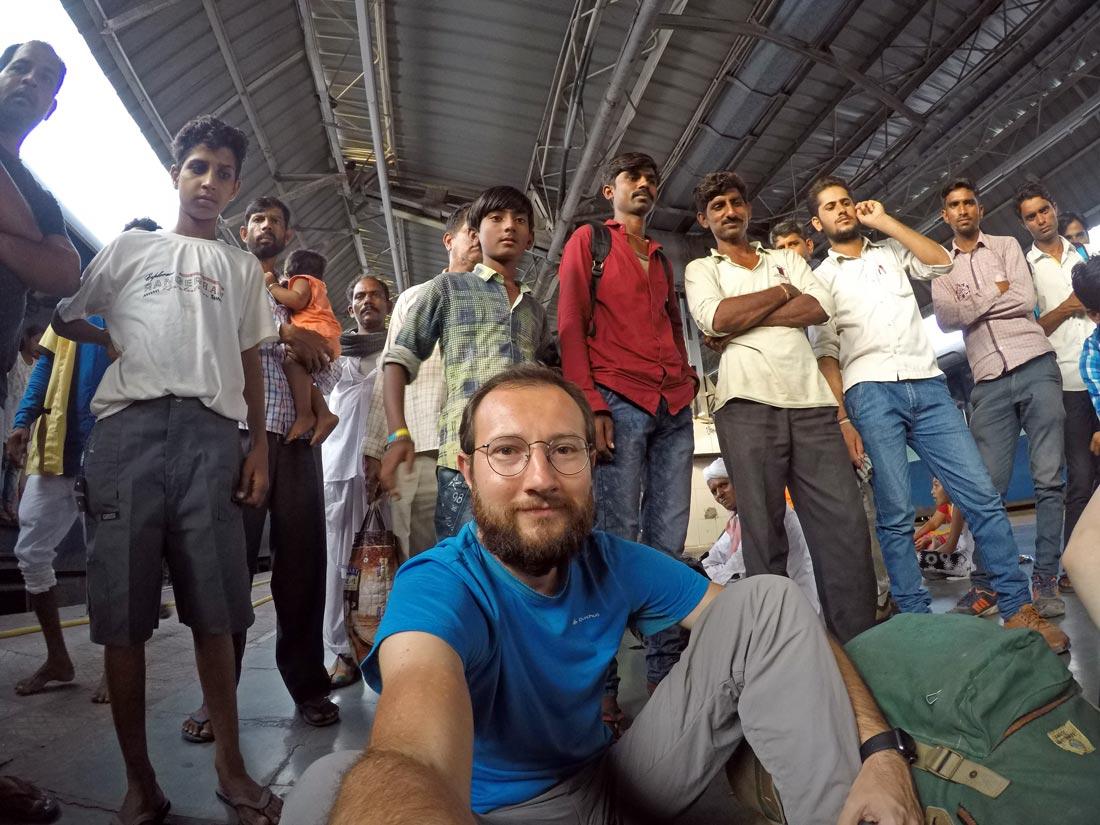 Hindistan tren garı