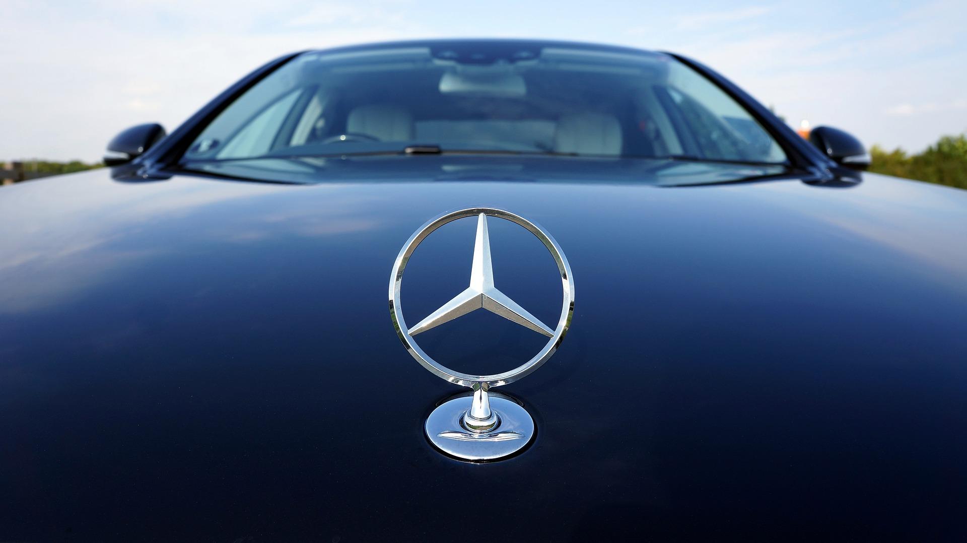 エンブレム 高級 外車 【車のエンブレム一覧】日本車&外車のマーク・ロゴを完全網羅!