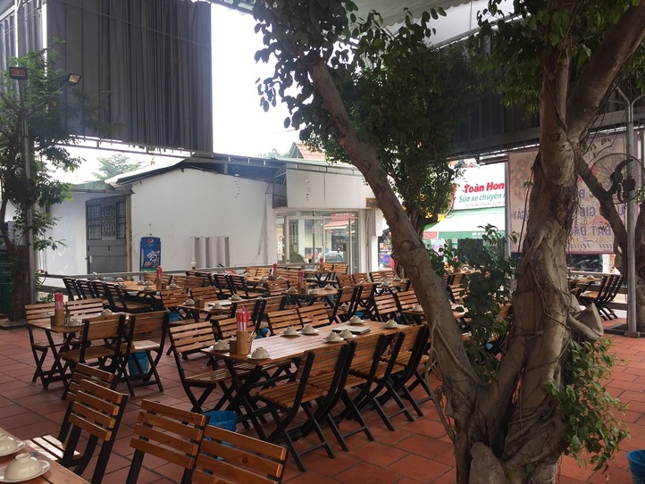 【2区】でローカル価格のレストランといえばココ!