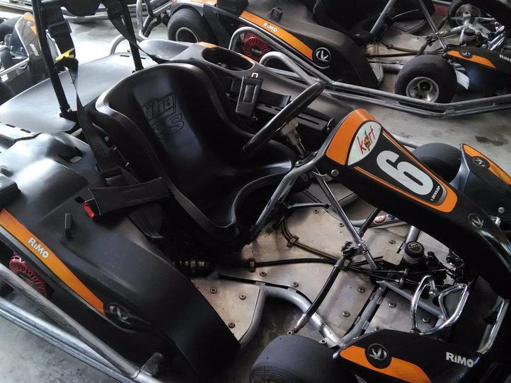 本格的なゴーカートが楽しめる「Kart1」