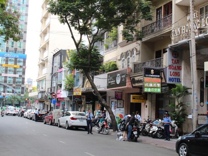 ドンコイ通りの観光(レストラン、ショップ、エステ)