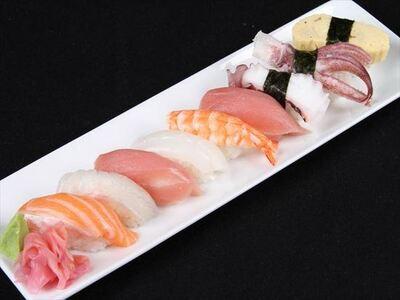 ザ・スシ・バー 3号店 にぎり寿司(9個盛り)
