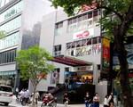 シンコーヒー(ホーフアンギエップ通り店) 右手にラッキープラザというショッピングセンターが見えてきます