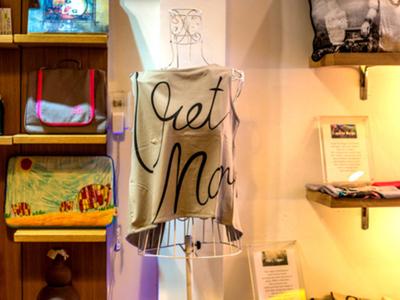 ギンコ・Tシャツ ベトナムデザイン・ノースリーブ