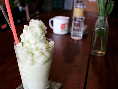 コンカフェ(リートゥーチョン通り店) ココナッツミルク&グリーンライススムージー