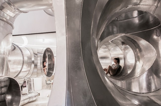 peoples-architecture-office-tubular-living-installation-designboom-01