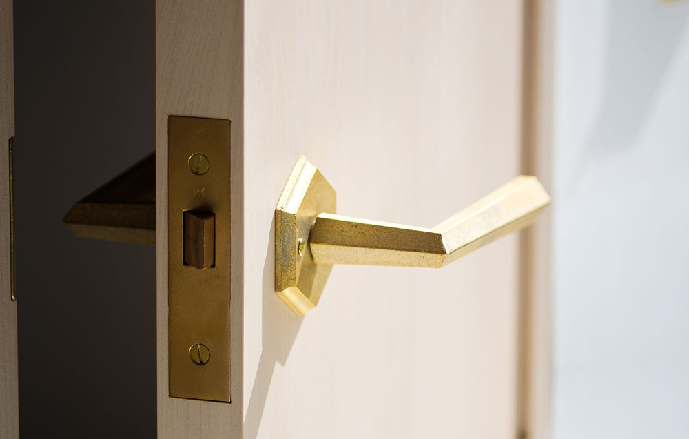 Matureware_Brass_Nalata_A_Closer_Look_Door_Lever_Handle_1