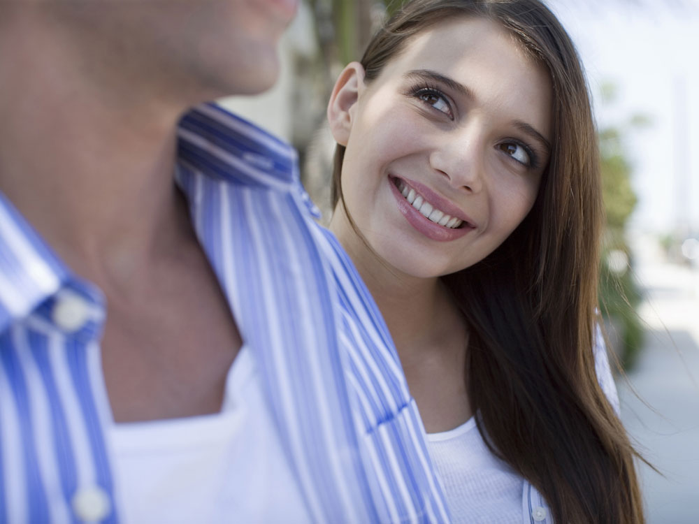 「今の恋人と付き合いを続けるべきか、それとも…」、その答えがわかるたった3つの質問