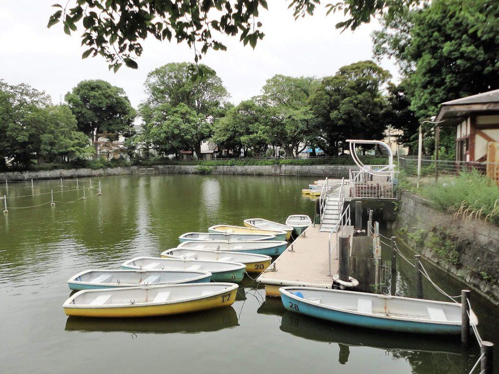ボートの浮かぶ池