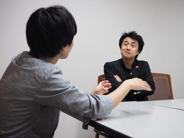 対話する安河内先生と宮地