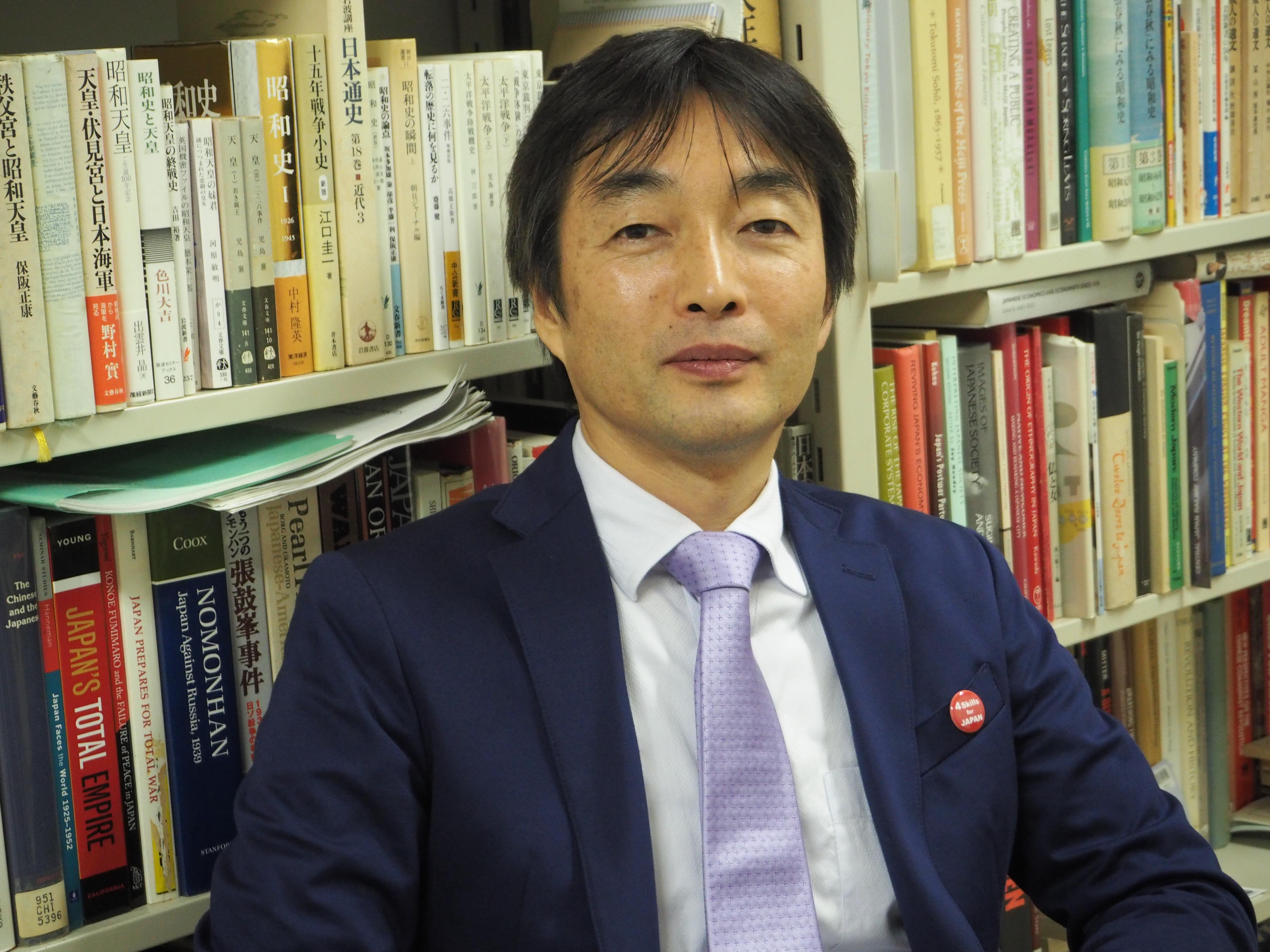 神田外語大学 神崎正哉先生