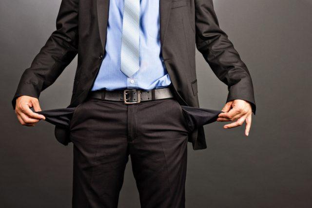 管理費や修繕積立金の滞納は、実はマンション購入後に起こりうる頭の痛い問題です