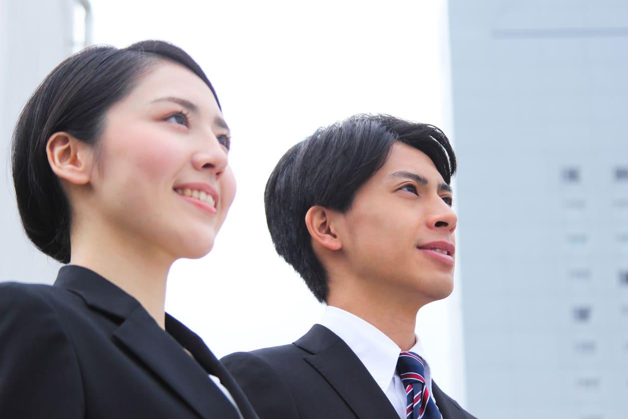 社會人の研修ならSchoo|新入社員から中堅?管理職まで階層別研修あり