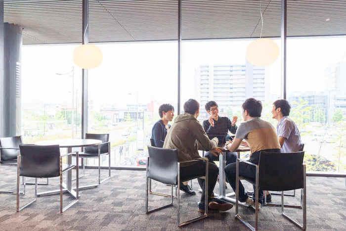 リーダーシップ研修の目的とリーダーシップを取るために必要な5つの能力