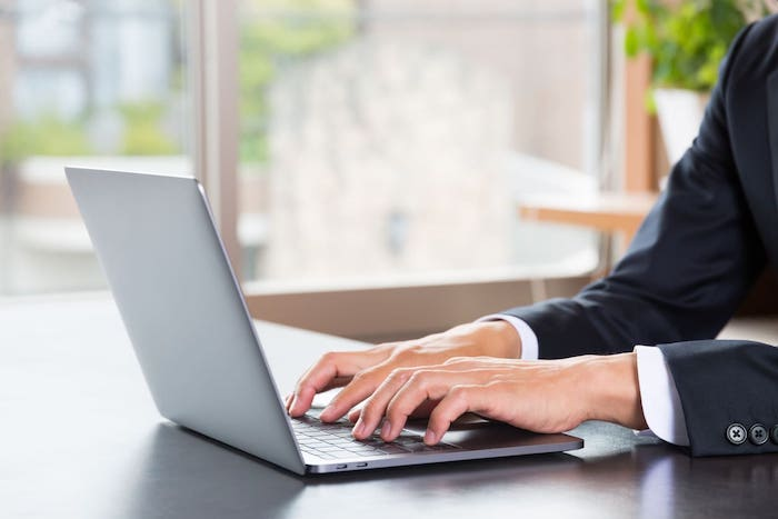 Web研修のメリットとは?ツールを選ぶ際の3つのポイント