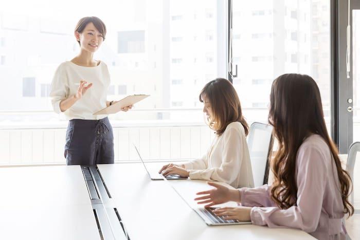 人材育成とは|効果的に社員を育成して組織に定著させる3つの方法