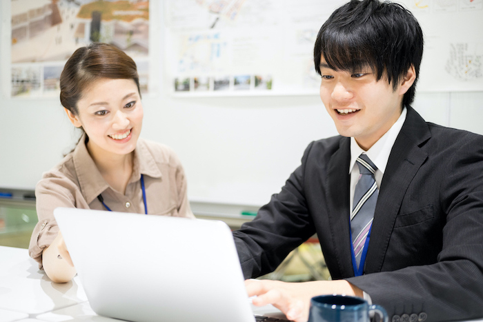 コーチングとは?コーチングの意味や有効性、具體的な手法を紹介