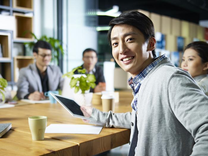 リーダーとは?求められる條件や役割、種類?手法について解説