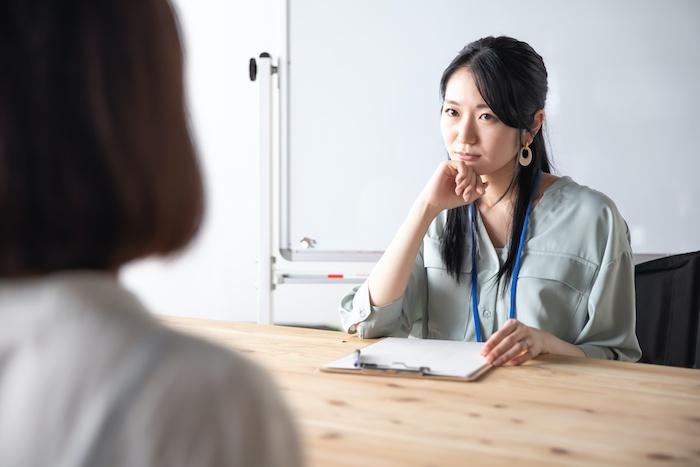 人事評価においての相対評価とは?メリットと絶対評価との違いを解説
