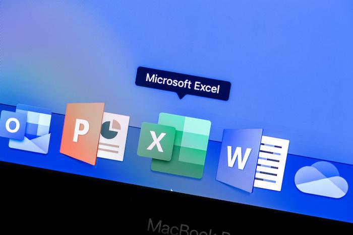 エクセルとワードの知識を資格にできるMOS資格とは?取得するメリットなどを解説