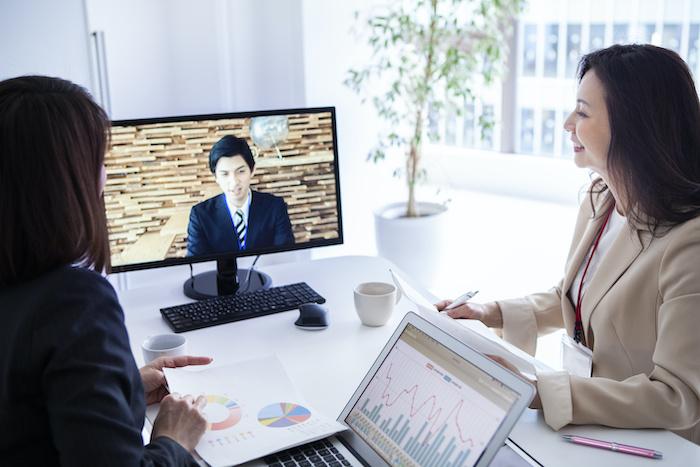 社外取締役を登用するメリットは?選任方法や注意點を解説