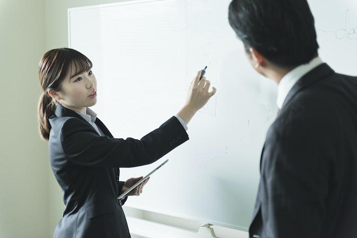 若手社員研修の目的は?業務効率の改善を目指した研修を紹介