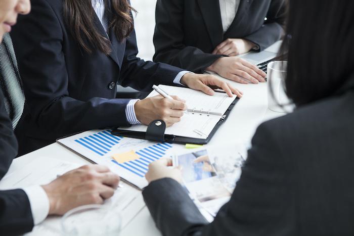 新入社員研修を合宿型で行う場合の効果と注意點を解説する