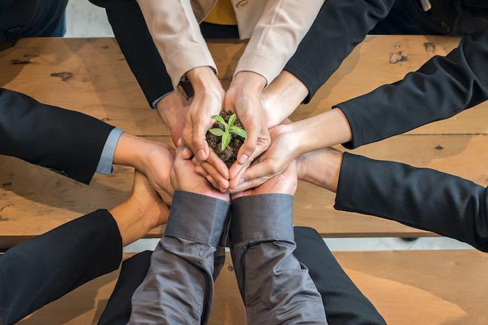 経営理念を定義する目的と社內に浸透させるポイントについて解説する
