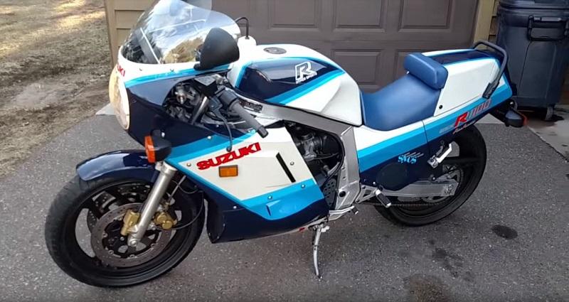 SUZUKI_GSX-R1100-1986