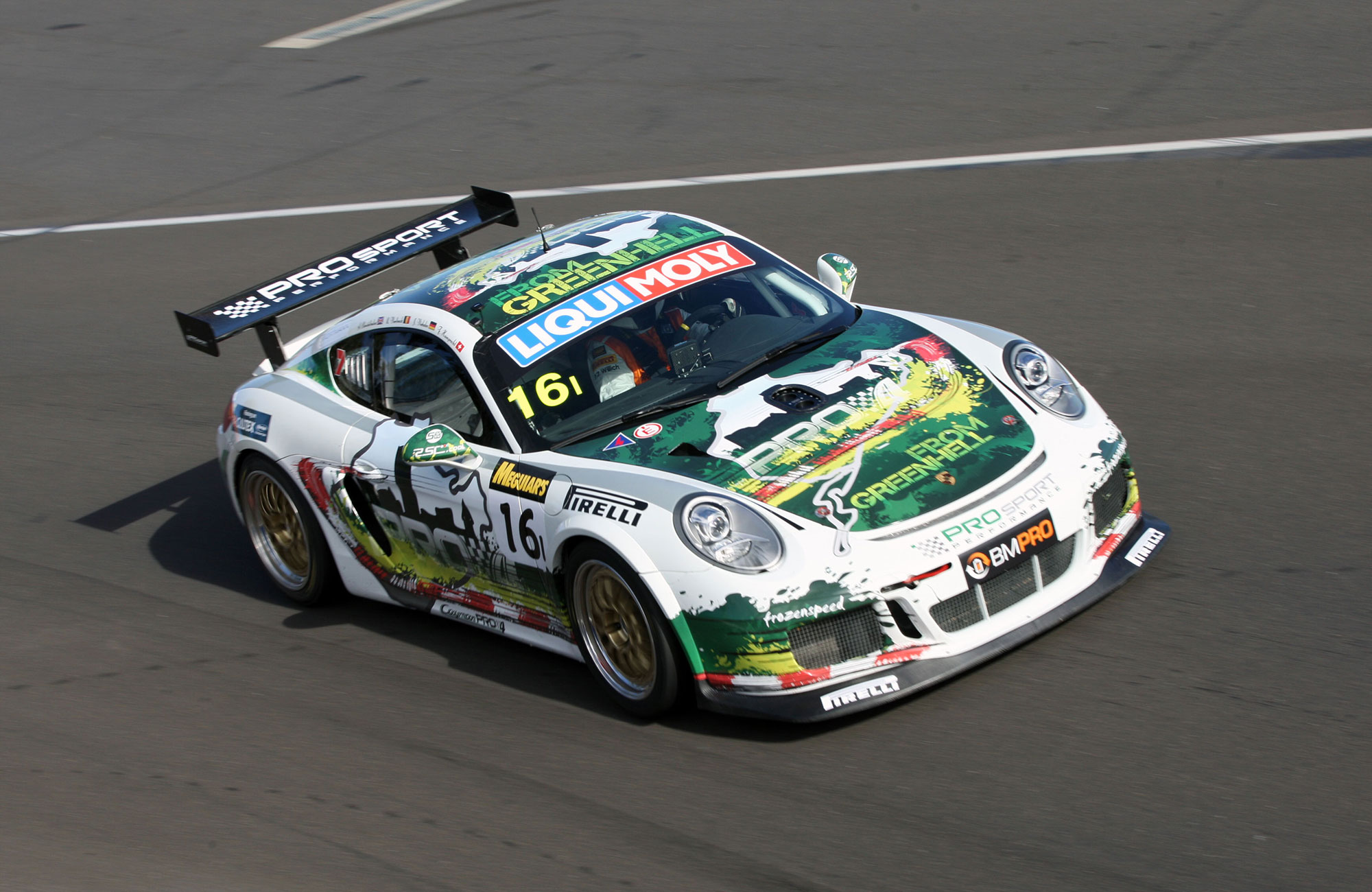 Prosport Performance製 ポルシェケイマン PRO4 GT4
