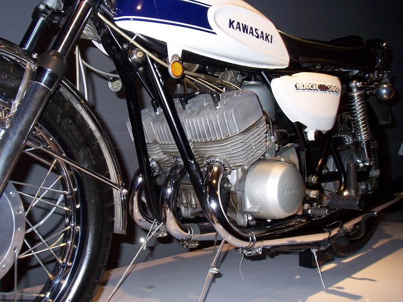 kawasaki Mach3 500SS