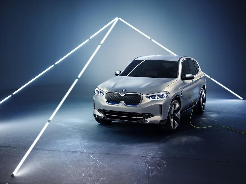 BMW コンセプト iX3 北京モーターショー2018