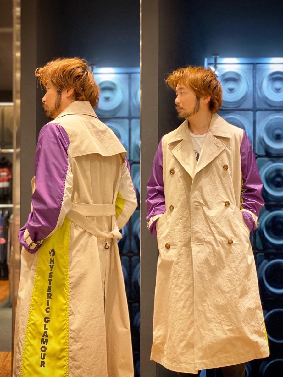 トレンチコート ユニセックスで着れて 変わり種で コーディネートの幅広がります