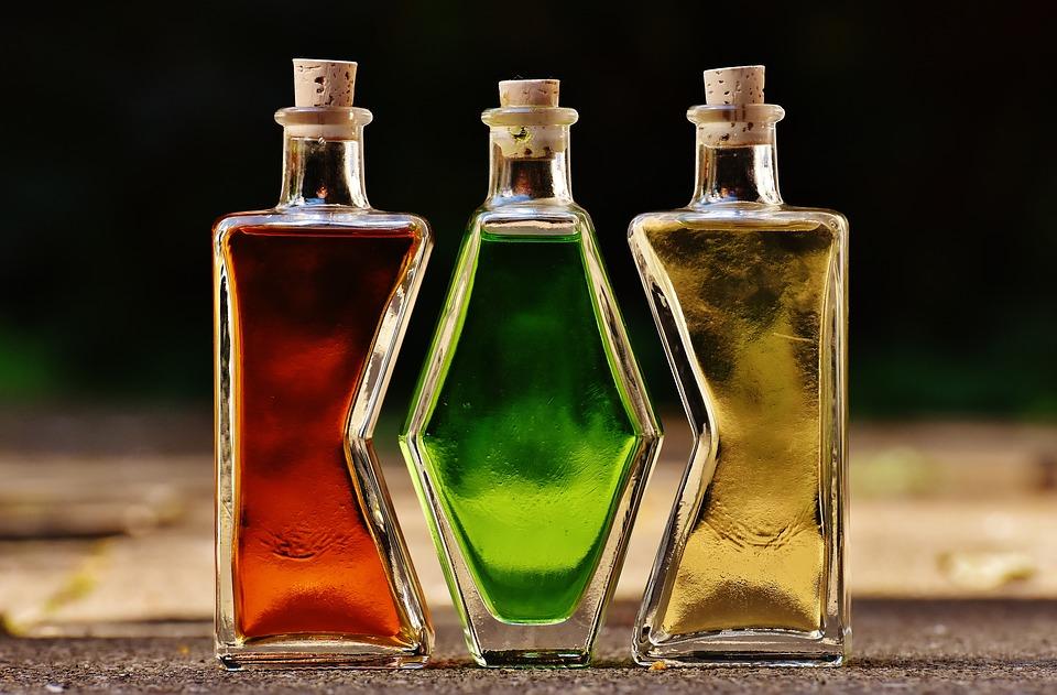bottles-1640820_960_720