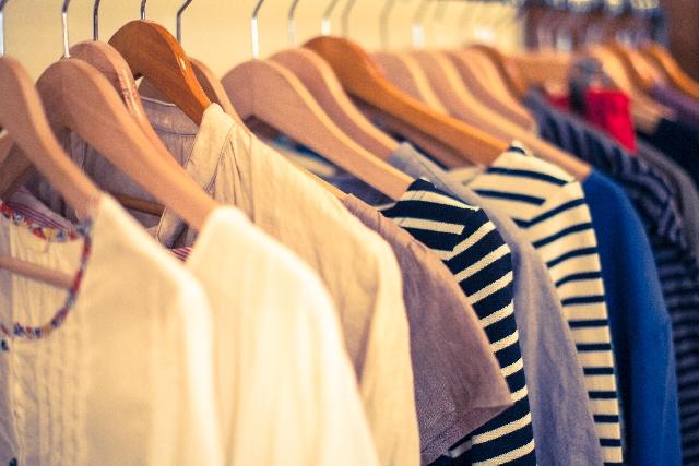 今日は何の日 2月9日は「服の日」