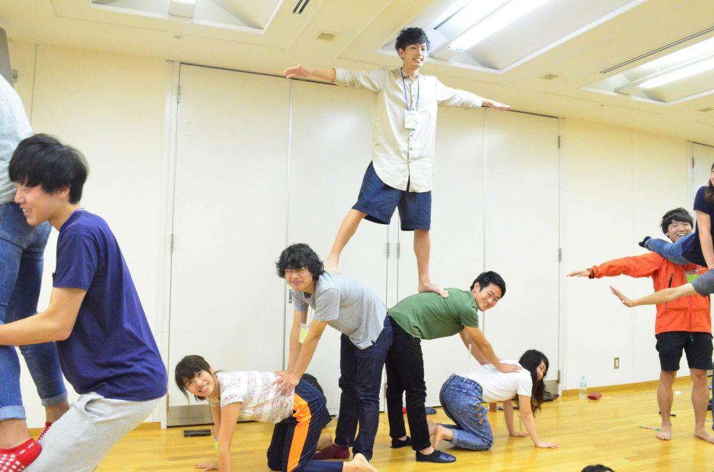 京都スタッフ合宿組体操1