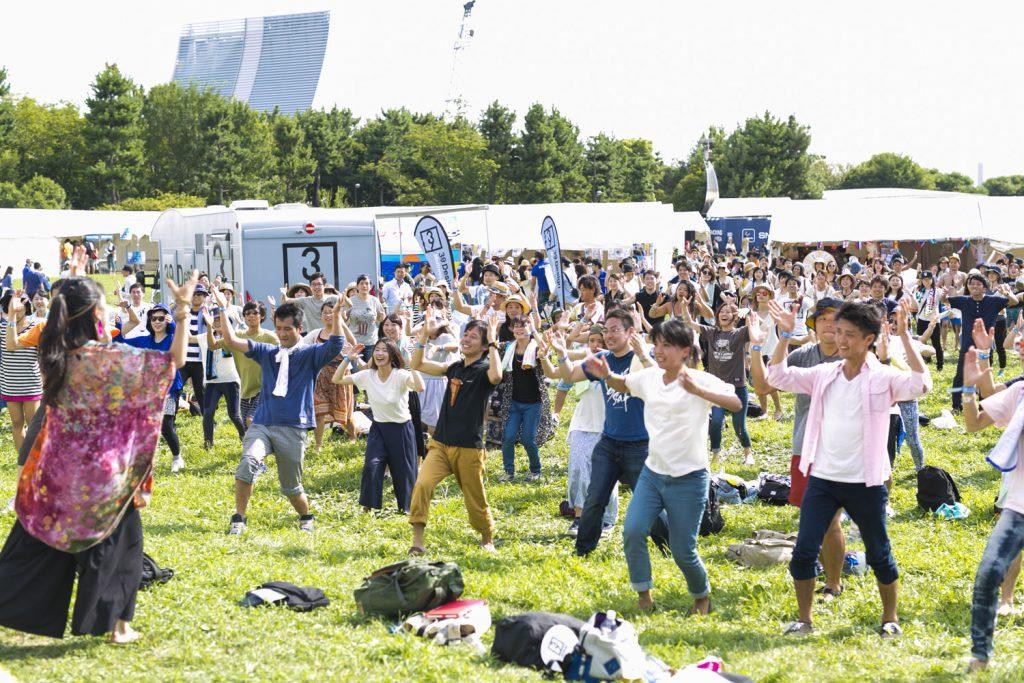 012世界のダンスをみんなで踊る