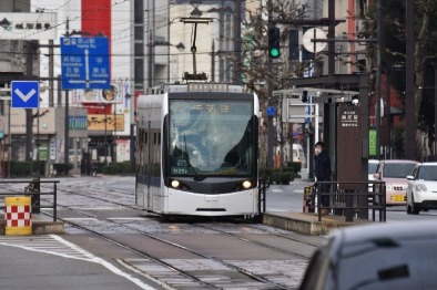 trams in Japan