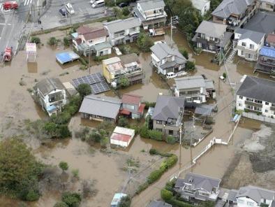 rains in Japan