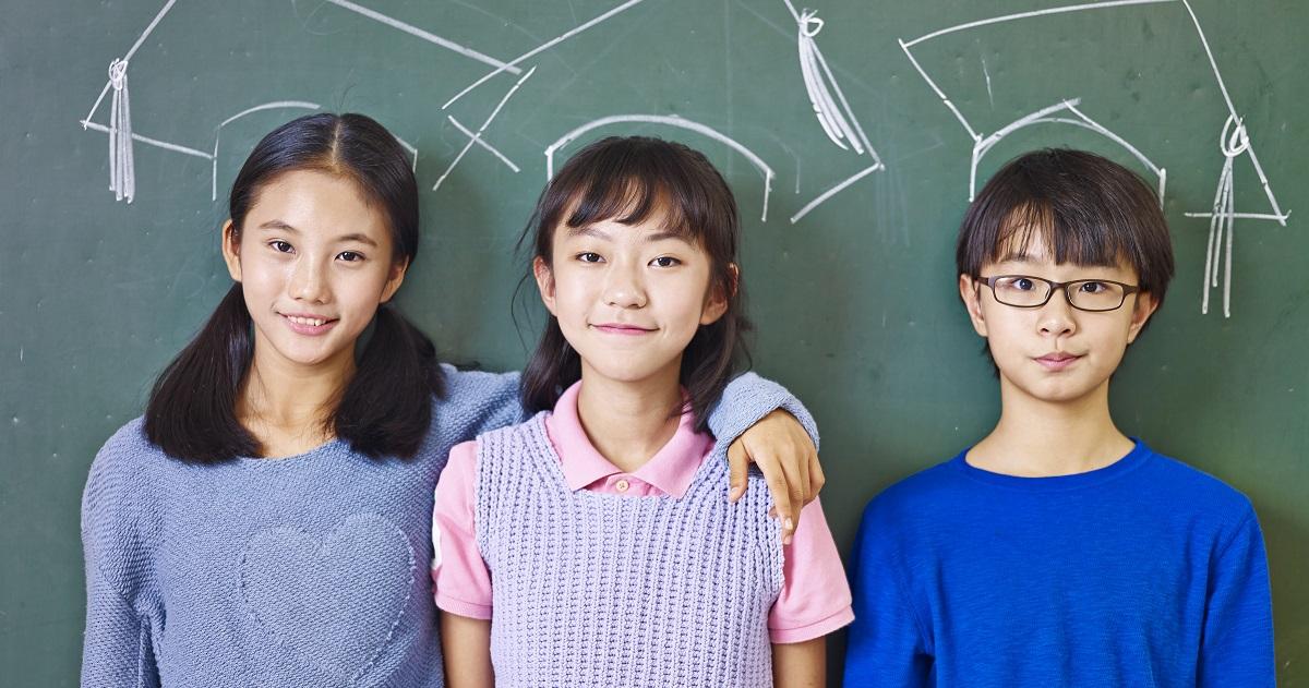 徹底したバイリンガル教育を取り入れている、シンガポールのハイレベルな教育事情