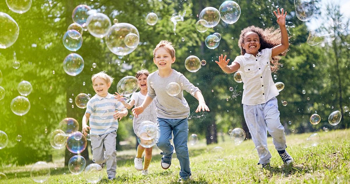 体力の向上だけではない外遊びのメリット! 子どもが外遊びで伸ばせる力5つ