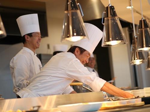 【近ツーおすすめ100選】レイクビューブッフェレストラン「波の音」〜地元食材のブッフェ♪