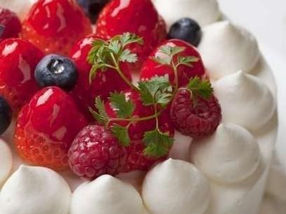 【2人の記念日】ふたりきりの上質な時間を愉しむ!ホールケーキ&シャンパン付プラン/和食膳