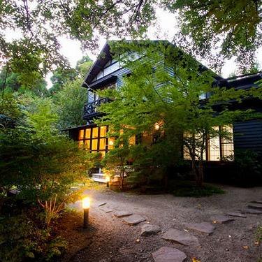 forest inn BORN���ᵦ���ܥġ��ꥹ��