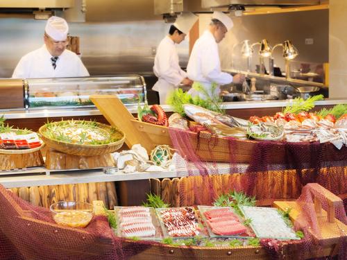 夕食は毛ガニ1杯付和洋ビュッフェを堪能♪浄土ヶ浜パークホテル 2~4日間