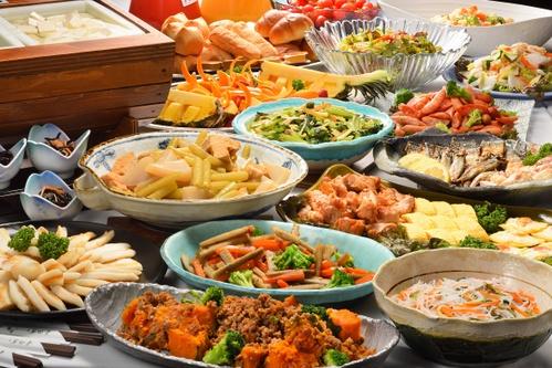 【朝食付きプラン】 一日の元気の源は朝食から!朝ごはんを楽しむ ☆彡 遅い到着もOK