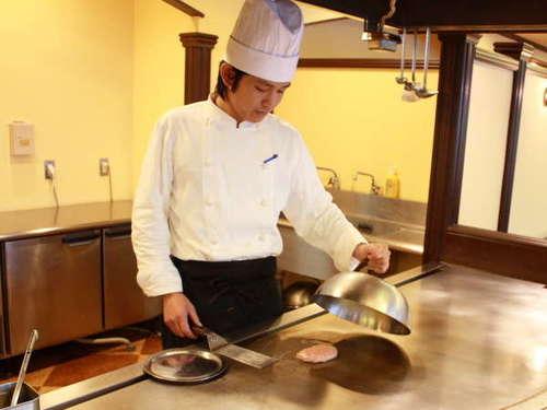メイン料理は、こちらでシェフがお作りいたします